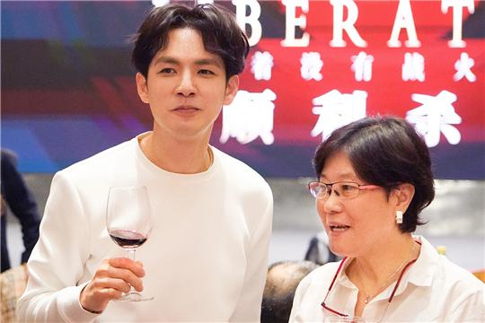 电影《解放了》杀青 钟汉良角色致敬祖国七十华诞
