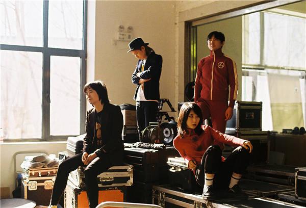 新裤子乐队3月23日工体开唱,开票10分钟全席售罄