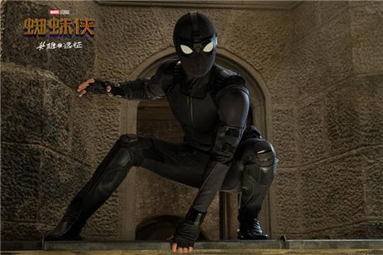 《蜘蛛侠:英雄远征》惊曝超级预告 钢铁侠精神不灭蜘蛛侠踏上征程